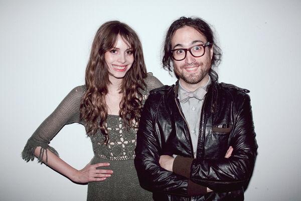Charlotte Kemp Muhl met Sean Lennon
