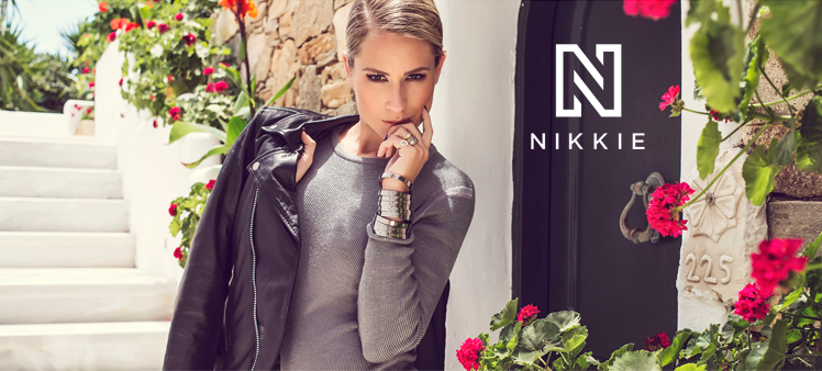 Nikkie Plessen | Jurkjes.nl