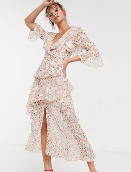 Diepuitgesneden lange jurk met ruches en fijne bloemenprint in poederroze-Multi