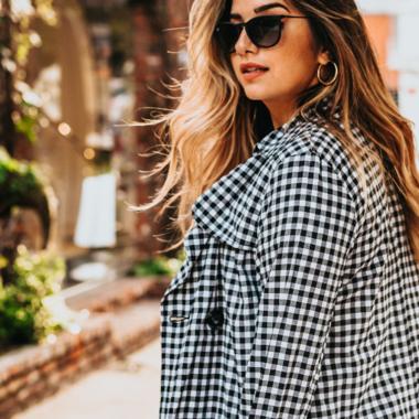 De trend die we nu overal zien: de geruite jurk